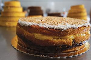 layered sponge cake pizza-dolce-abruzzese