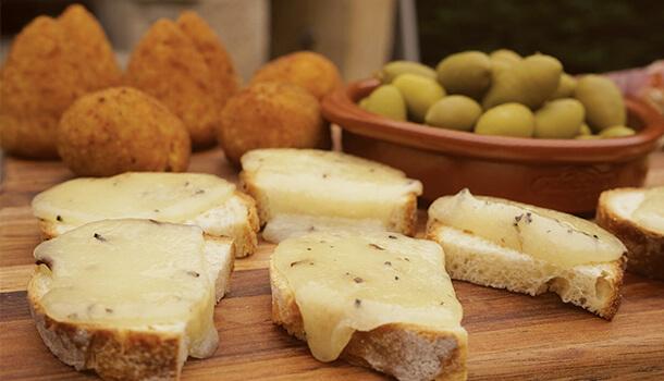 cheesy bruschetta
