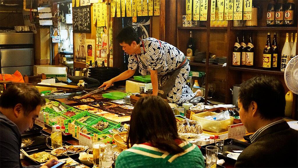 Shimbashi traditional izakaya pub
