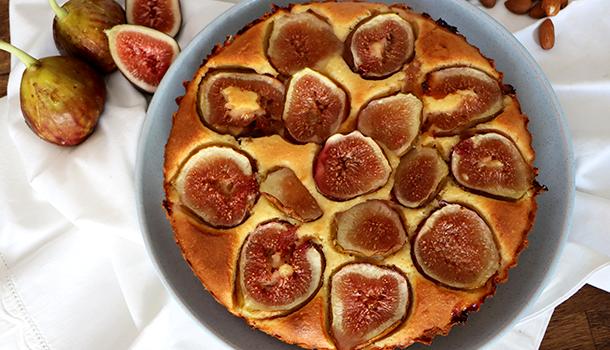 easy almond cake