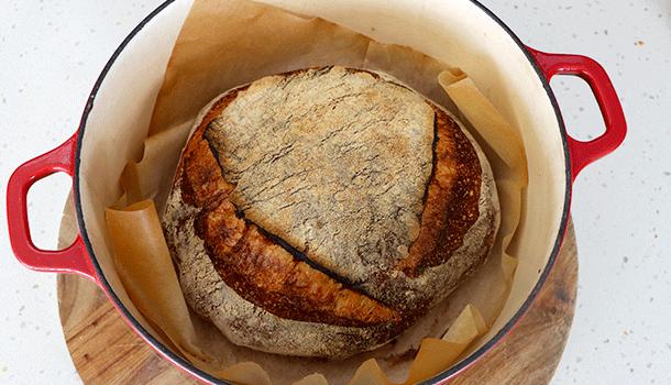 sourdough bread dutch oven