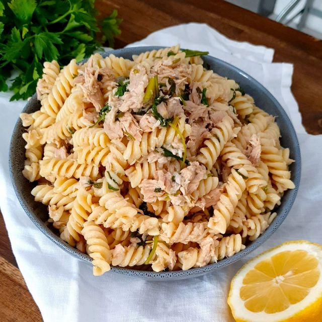 """TUNA PASTA RECIPE 🐟 #Tunapasta is a refreshing #pasta dish, suitable for all seasons and it can be enjoyed hot right away or even cold as a salad. #Tuna pasta is likely to be your newest mid-week pasta meal – it's simple, light and perfect with fusilli pasta which really soak up the ingredients. 😋  😋 Recipe -> vincenzosplate.com (in the search type """"Tuna Pasta"""") - full video recipe also available on Facebook and YouTube! . . . #pastawithtuna #tunafish #pastarecipe #pastacontonno #italianrecipe #fusillipasta #italianpastadish #vincenzosplate"""